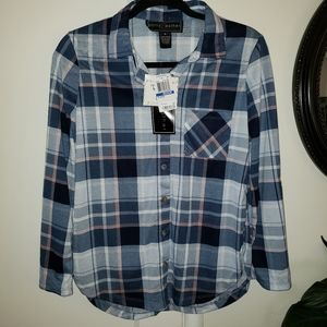 Polly & Esther Flannel Button Front Long Sleeve
